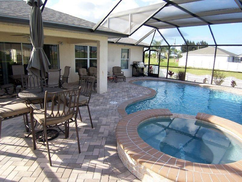 Villa Seastar - 3/br 2/ba nicely furnished, electric heated, salt Pool and Spa Home, off water, HW Internet, in a quiet location - Image 1 - Cape Coral - rentals