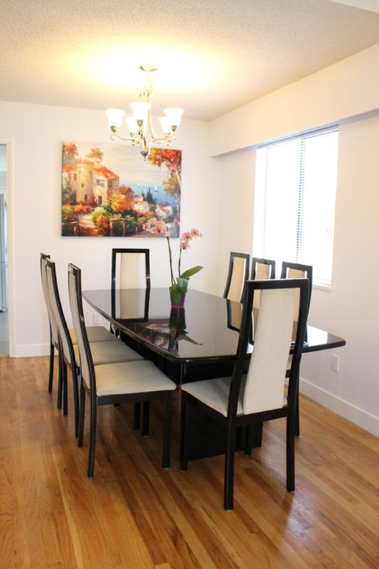Beautiful spacious 3BR-suite in central location - Image 1 - Vancouver - rentals