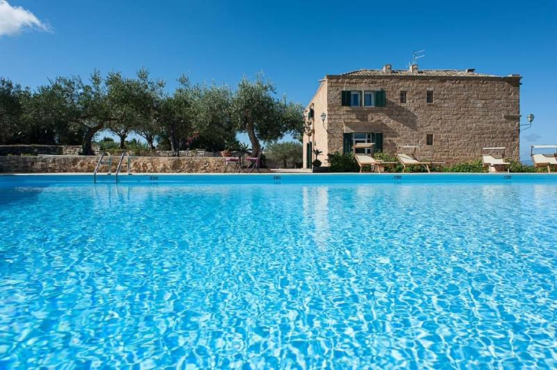Villa Trapani holiday vacation villa rental italy, sicily, trapani, pool, view, holiday vacation villa to rent to let italy, sicily, t - Image 1 - Trapani - rentals