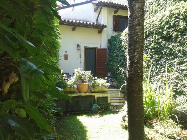 Historical village house - Image 1 - Introdacqua - rentals