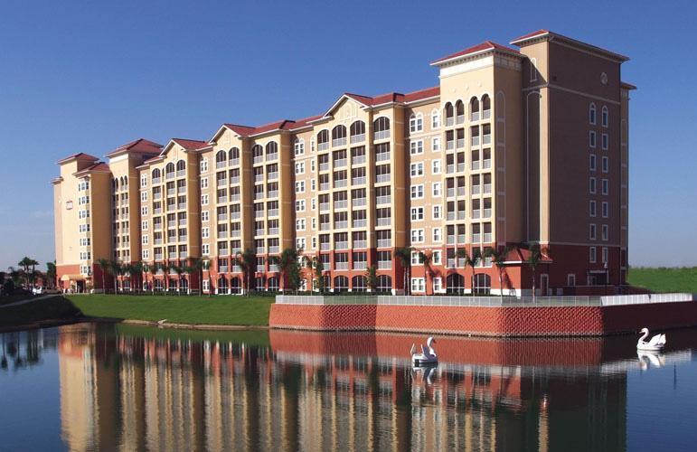 Exterior & Swan Lake - Orlando & Kissimmee Disney Rental - Westgate 3br - Kissimmee - rentals