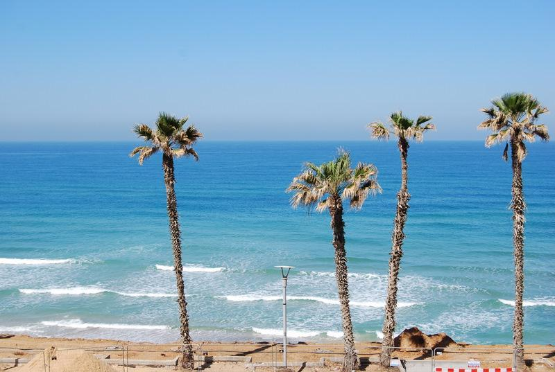 Studio with sea view - Image 1 - Bat Yam - rentals