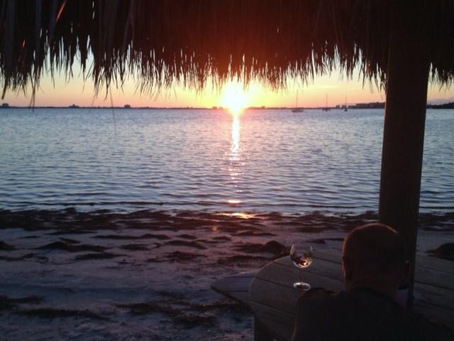 Heaven! - Beach Life - picture post card views & sunsets! - Saint Petersburg - rentals