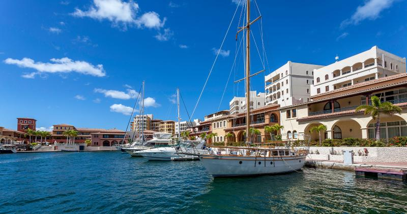 Marina 360... Porto Cupecoy, St Maarten 800 480 8555 - MARINA 360......Porto Cupecoy, overlooking Simpson Bay and the Marina, St Maarten - Cupecoy - rentals