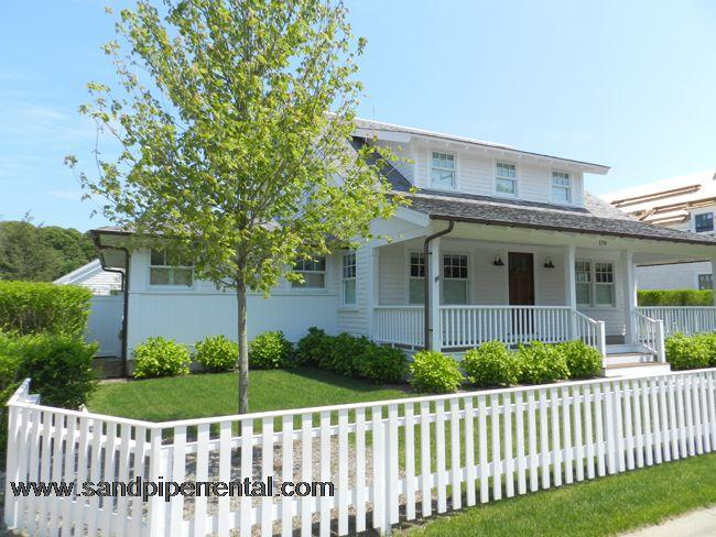 #57 A mini-compound offers privacy, yet convenience to town - Image 1 - Edgartown - rentals