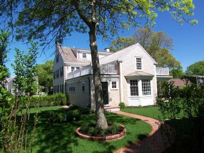 #173 Spectacular home boasts bountiful amenities & much more - Image 1 - Edgartown - rentals
