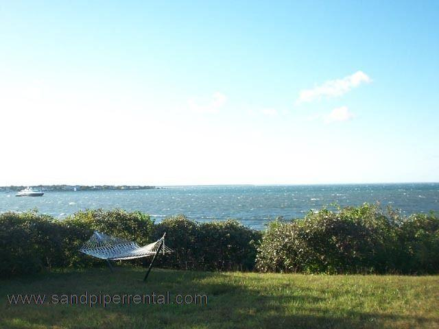 #337 Charming cottage looking out onto Edgartown Harbor - Image 1 - Chappaquiddick - rentals