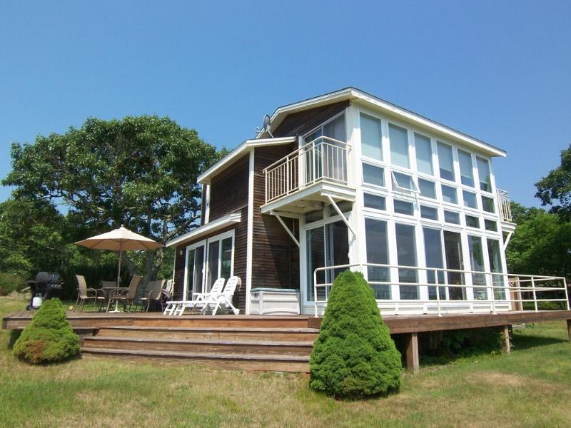 #705 Private three bedroom Wintucket Cove waterfront home - Image 1 - Edgartown - rentals