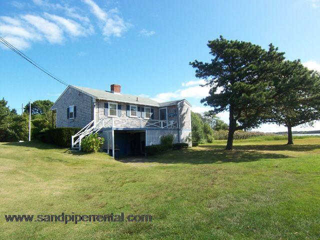 #713 Quaint Martha's Vineyard cottage with water views - Image 1 - Weston - rentals