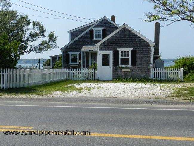 #8802 Quaint Cottage On Vineyard Haven Harbor, w. Ocean View - Image 1 - Oak Bluffs - rentals