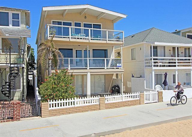 4 Bedroom Oceanfront Middle Unit! Walk to the Balboa Pier! (68249) - Image 1 - Newport Beach - rentals