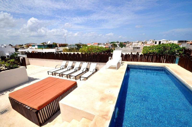 Nolita- Roof-top Pool & Lounge - Playa del Carmen-Nolita- 5th Avenue Beach Condo - Playa del Carmen - rentals