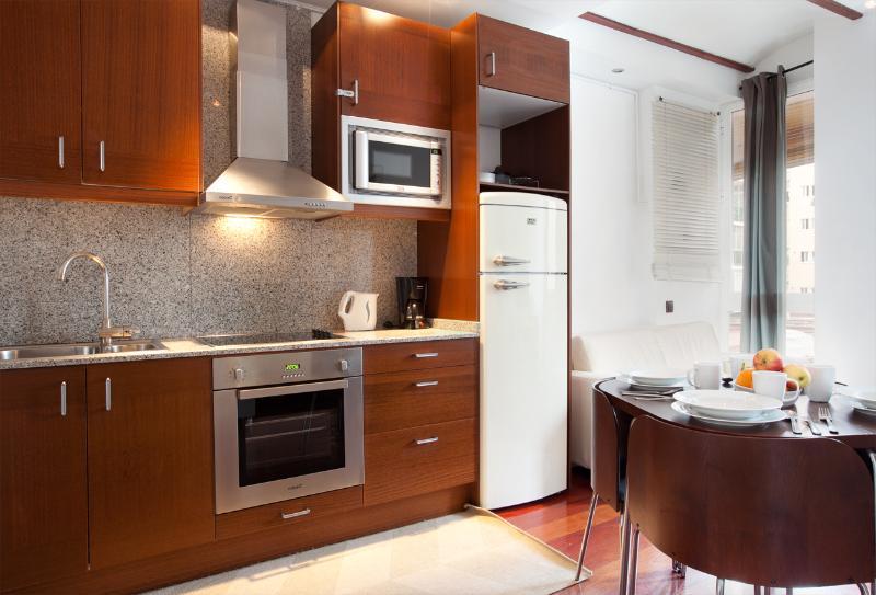 Ricart - Image 1 - World - rentals