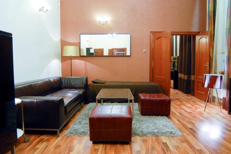 Liszt Ferenc Ter - Hayworth Suite - Image 1 - Budapest - rentals