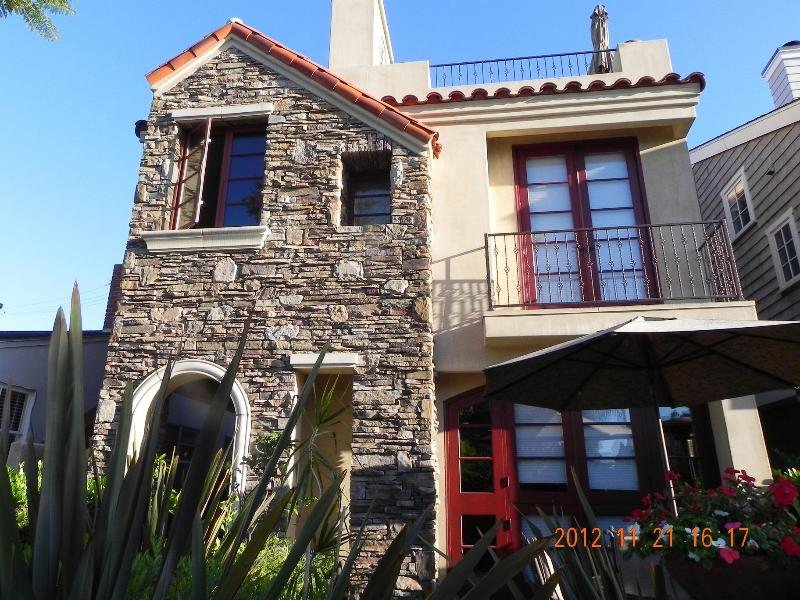 Front View - Luxury home in the heart of the Village - Corona del Mar - rentals