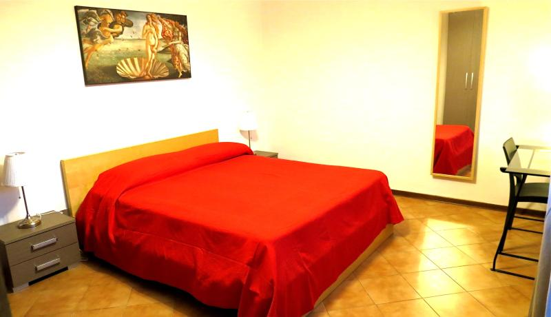 Lucca Inn apartment sleep low cost! - Image 1 - Lucca - rentals
