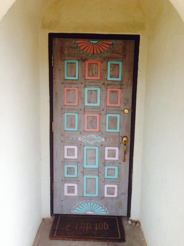 The front door to your spot in Taos - Location, space and ambiance near Taos Plaza - Taos - rentals