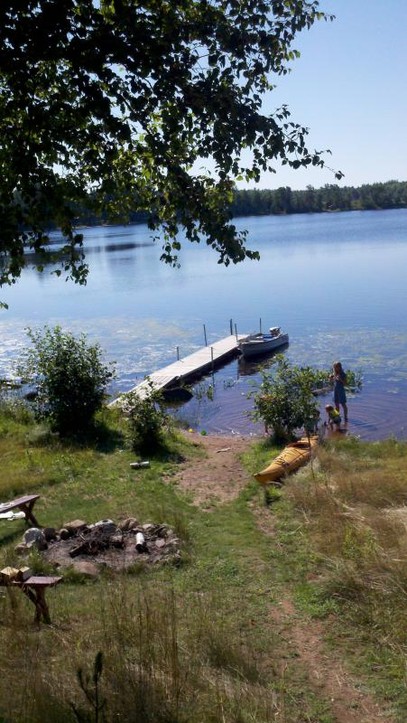 Private lake frontage w/pier ..... 2 boats included. - THE   LAKEHAUS - Mercer - rentals