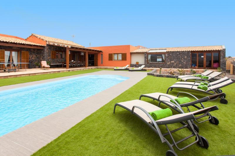 A luxury countryside Villa. - Image 1 - La Asomada - rentals