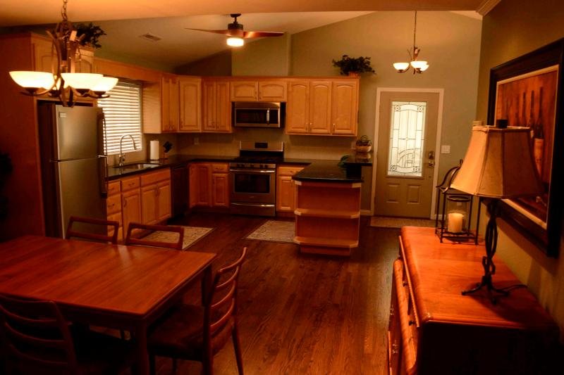 Sunny View Cottage in the Beautiful Wine Country - Image 1 - Santa Rosa - rentals