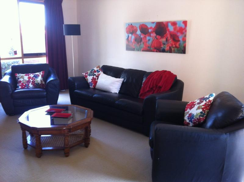 Lounge - East Doncaster George Apartment - Melbourne - rentals