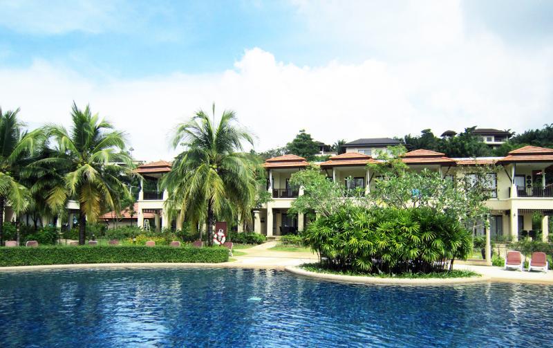 Pool side - 2bdrm Phuket Laguna Outrigger Villa - Thalang - rentals