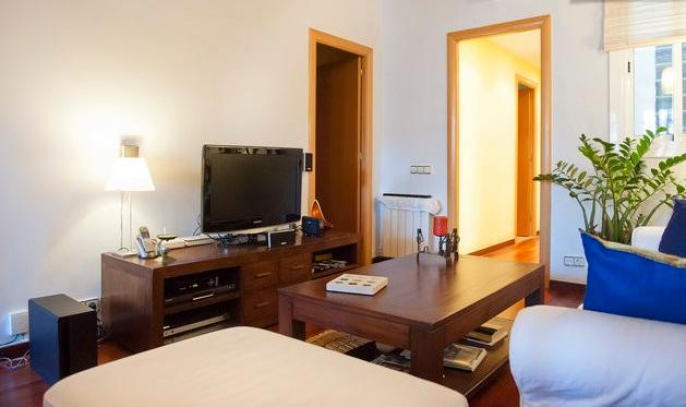 Sitting room and Tv corner - Cosy&comfortable spacious central flat + WIFI - Barcelona - rentals