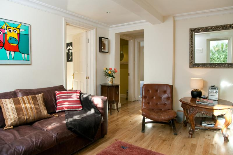 Sitting Room - Garden Apartment in a Georgian Town House - London - rentals