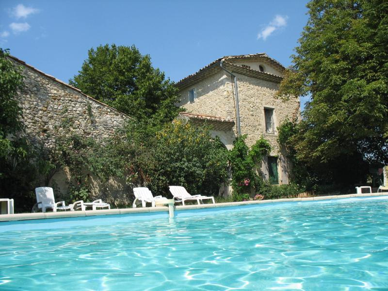Main house with swimming pool - Beautiful, comfortable apartments Drôme Provençal - Sauzet - rentals