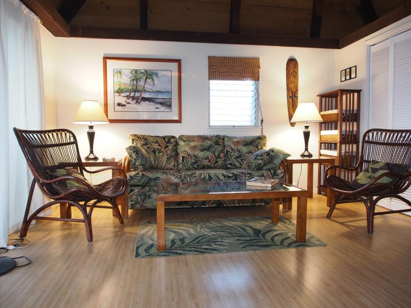 Living Room with new queen-size sleeper sofa - Black Sand Hideaway ( on the Big Island) - Pahala - rentals