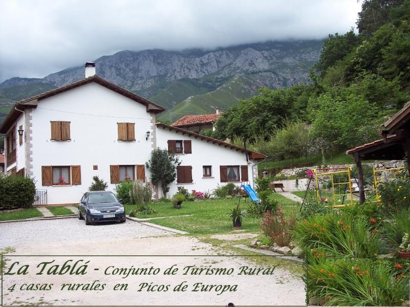 CASA RUBÓ - Casa Rural  en el Oriente de Asturias - Image 1 - Asturias - rentals