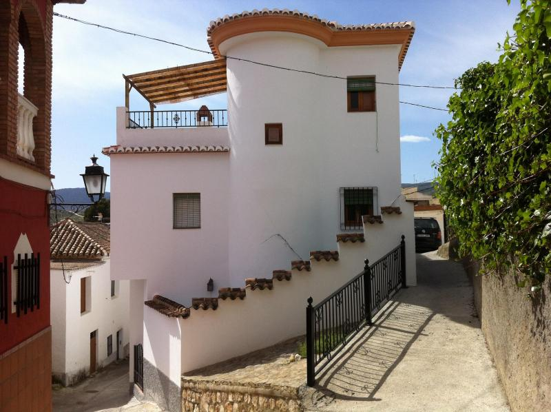 Welcome to our house - Beautiful and traditional house with wifi. Granada - Albunuelas - rentals