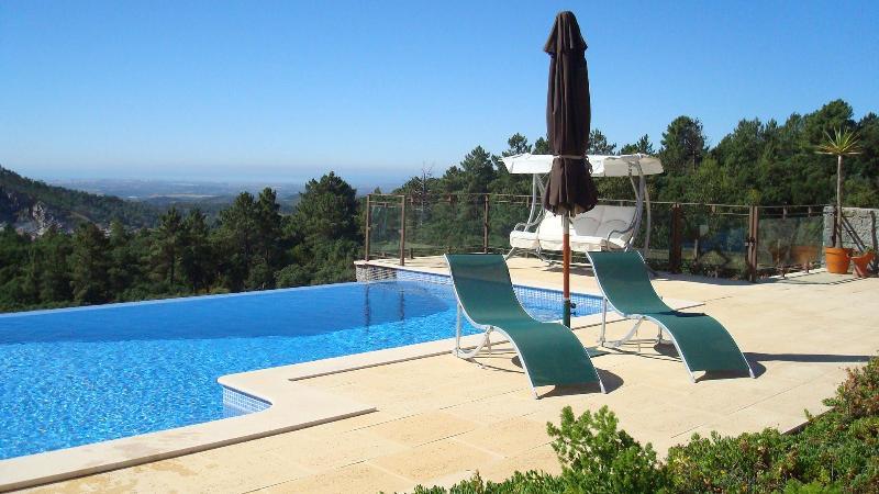 Enjoy coastal views whilst swimming in our pool - Awesome Villa, Awesome Views. Villa Vida Nova! - Monchique - rentals
