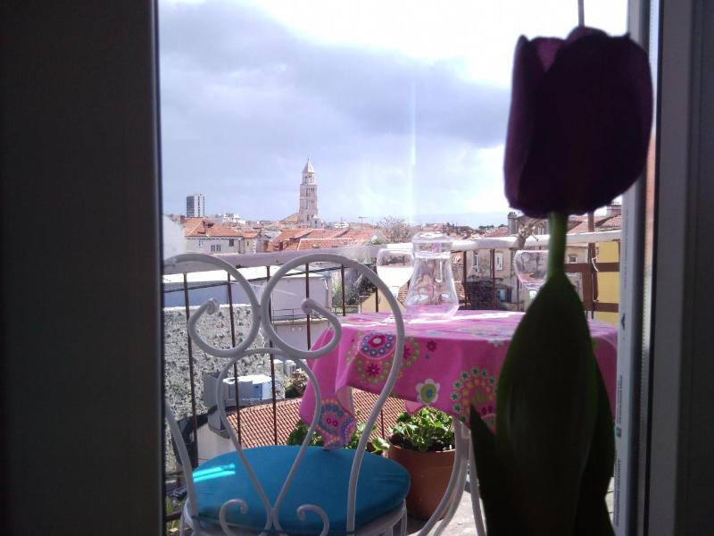 balcony with a view - Loft Studio With Balcony & Charming Views - Split - rentals