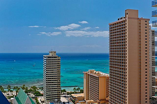 View from Lanai! - WAIKIKI BANYAN-Deluxe Ocean View-1 block to beach! - Honolulu - rentals