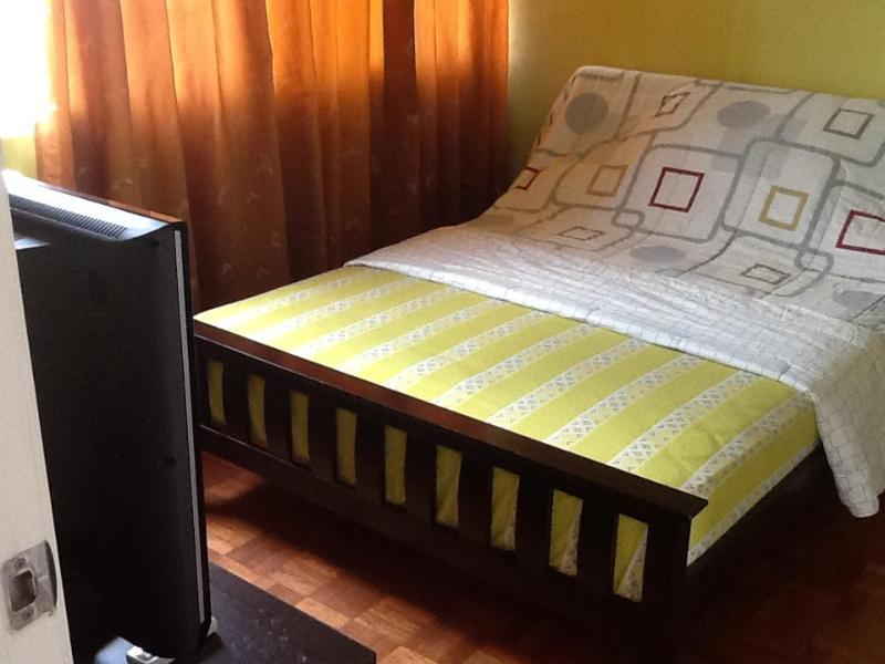 5th Avenue Place For Rent 1br Apartment, Taguig - Image 1 - Taguig City - rentals