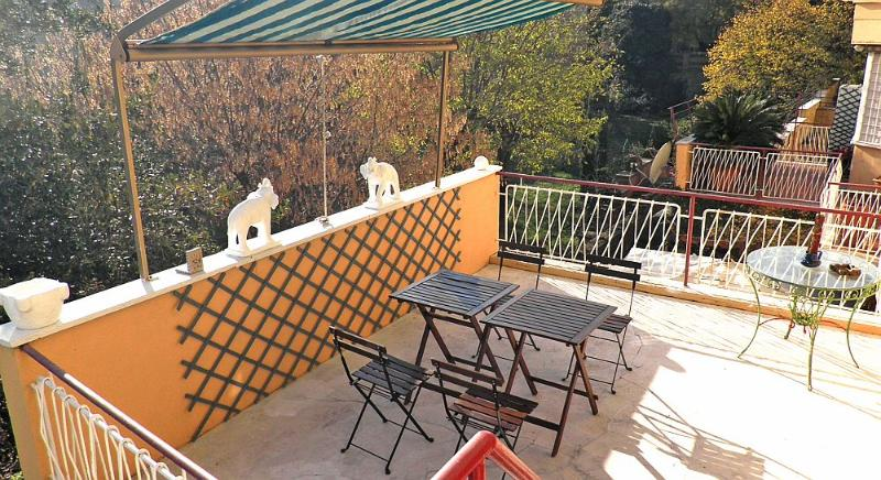 Wonderful apartment w/terrace in upper Trastevere - Image 1 - Rome - rentals