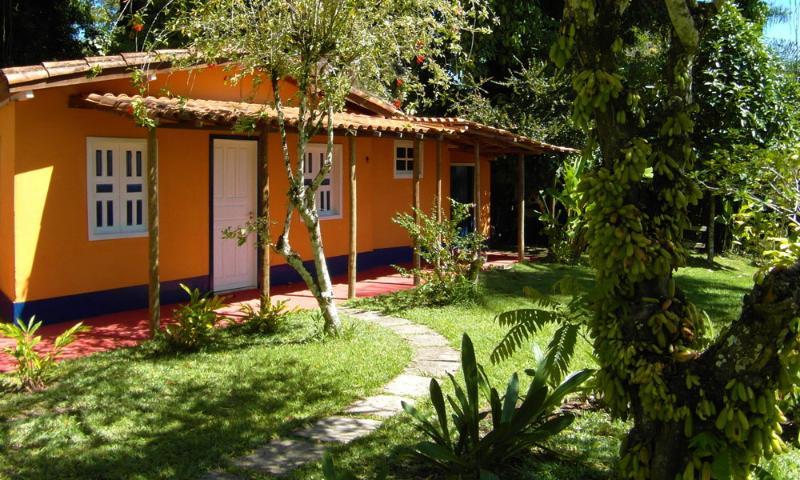 view of cottage with veranda - Casa Cottage & Pool  Porto Seguro Brazil 2-4 p.ple - Porto Seguro - rentals