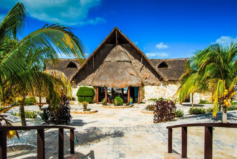 Playa Maya Restaurant/Bar - 6 Person Villa at Family-Friendly Yucatan Resort - Celestun - rentals