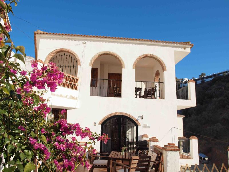 Facade side with balconys - 2 bedroom apt in village near beach and Malaga - Totalan - rentals