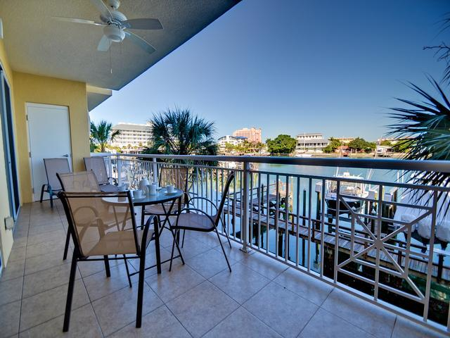 Bay Harbor 202 - Image 1 - Clearwater Beach - rentals
