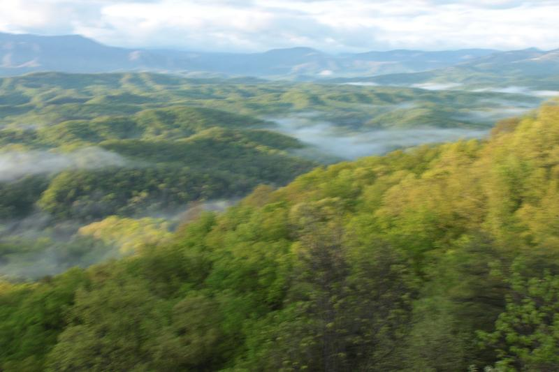 The Great Smoky Mountains - AN UNOBSTRUCTED PANORAMIC VIEW OF THE GREAT SMOKY MOUNTAINS - Pigeon Forge - rentals