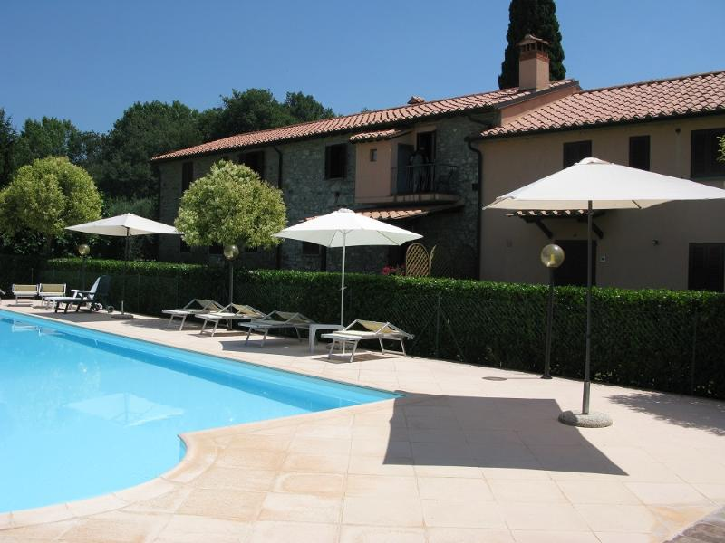Swimming pool - Apartment 2 bed/1bath - agriturismo Residenze San Martino - Passignano Sul Trasimeno - rentals