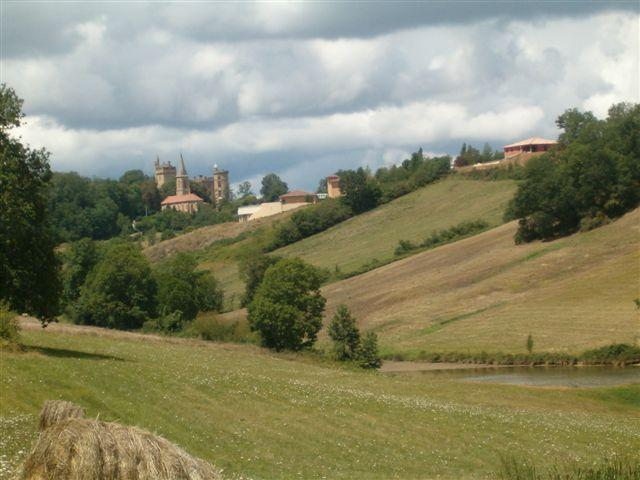 Domain Saint Blancard- low priced gites in the Midi Pyrenees - Image 1 - Saint-Blancard - rentals