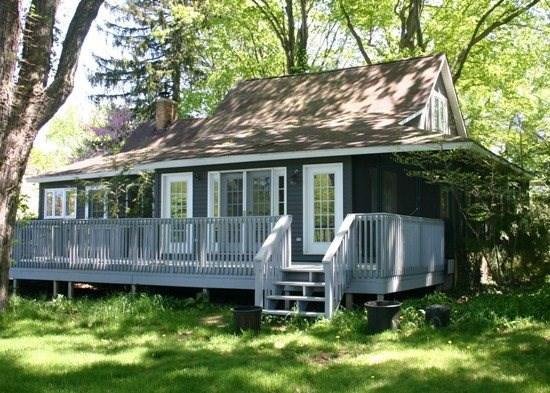 South West Corner - Country Bumpkin -Rentals begin on Sunday - South Haven - rentals
