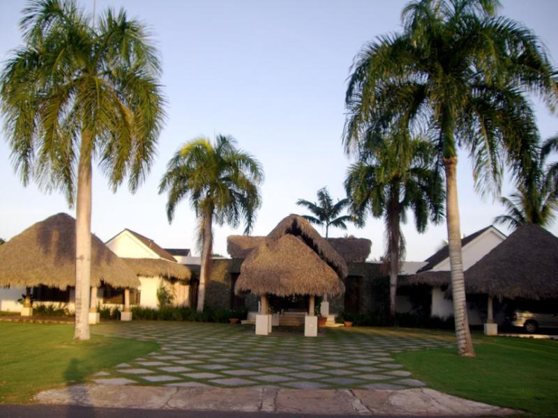 - Villa Los Mangos - La Romana - rentals