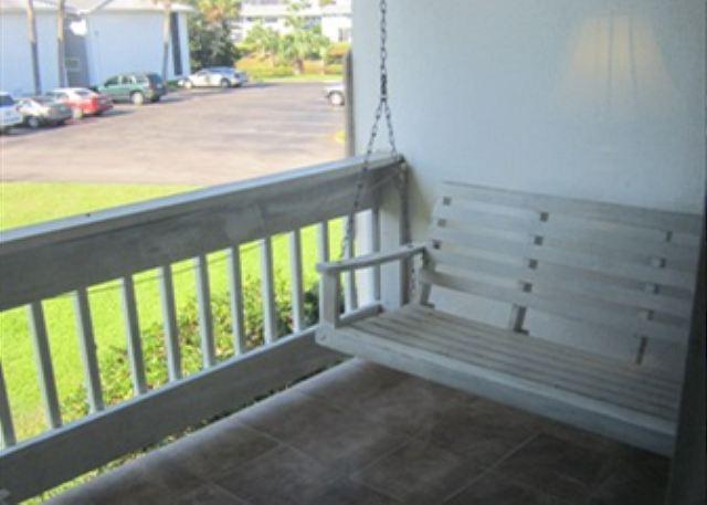 porch - 1Bedroom, 2Bathroom Destin Condo that Sleeps six. In the heart of Destin!!!!! - Destin - rentals
