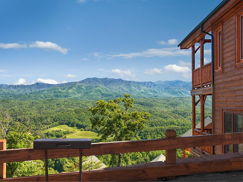 Two large decks - Nothin' But Views in Legacy Mountain Resort - Sevierville - rentals