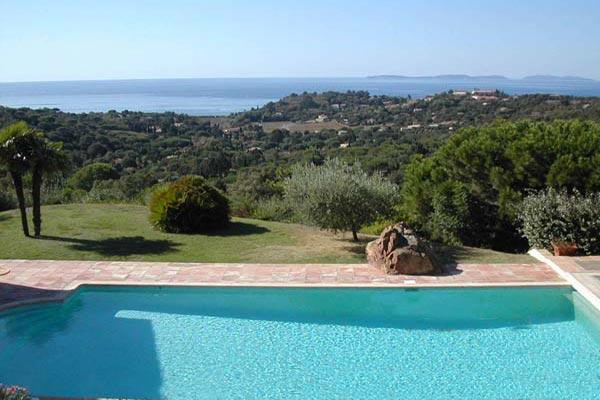 Villa with Ocean Views, Pool, Surrounded by Lavender and Olive Tree Garden - Image 1 - Le Plan-du-Var - rentals