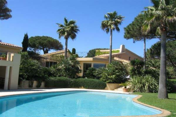 300 meters from the beach. AZR 321 - Image 1 - Le Plan-du-Var - rentals